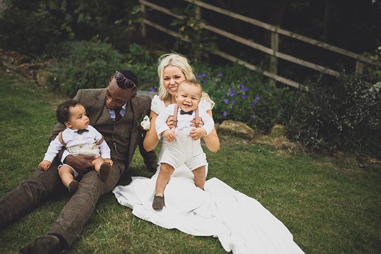 Family Photo Baby Kids Bride Groom Big Stylish Outdoors Glamping Wedding https://www.jessyarwood.co.uk/