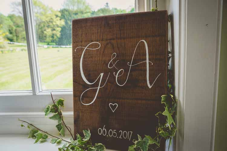 Wooden Sign Signage Modern Calligraphy Hand Painted Initials Date Ivy Eclectic Floral Fun Wedding http://www.photographybypaloma.co.uk/