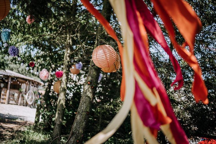Lanterns Ribbons Pom Poms Outdoor Trees Decor Rustic Farm Barn DIY Wedding http://www.kazooieloki.co.uk/