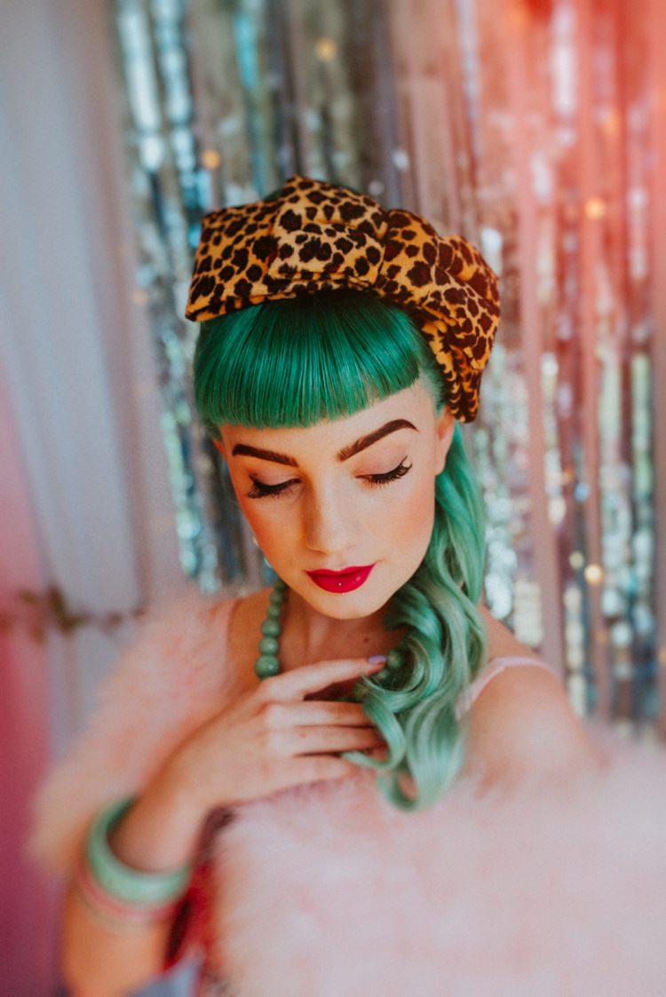 Green Hair Bride Bridal Vintage Headband Leopard Print Retro Kitsch Pastel Mint Pink Wedding Ideas http://www.beckyryanphotography.co.uk/