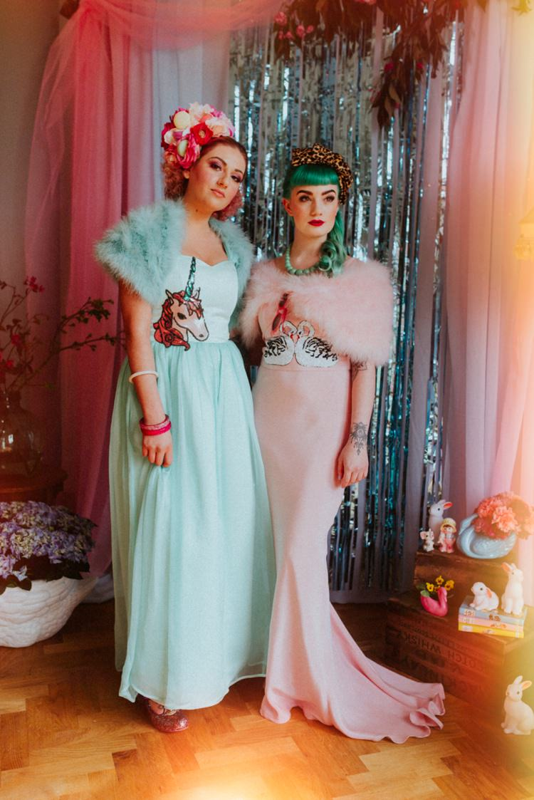 Photo Booth Streamers Retro Kitsch Pastel Mint Pink Wedding Ideas http://www.beckyryanphotography.co.uk/