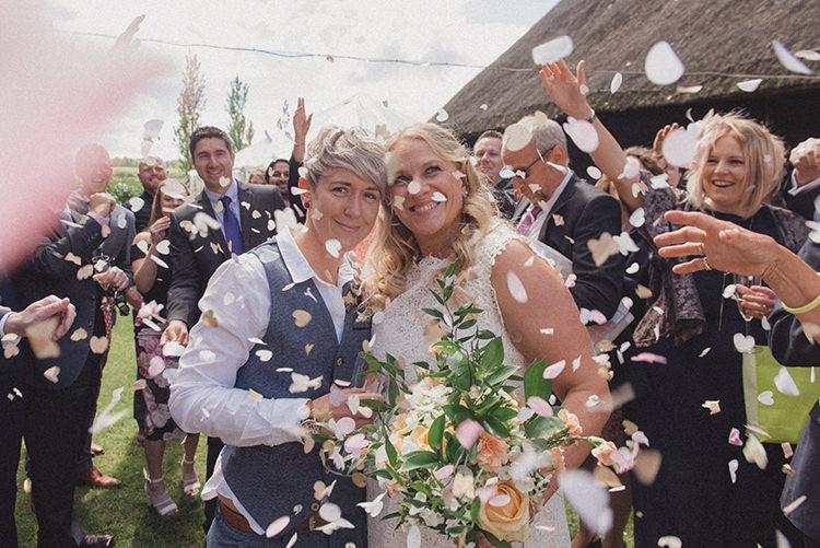 Confetti Throw DIY Rustic Woodland Marquee Wedding http://www.rebeccadouglas.co.uk/