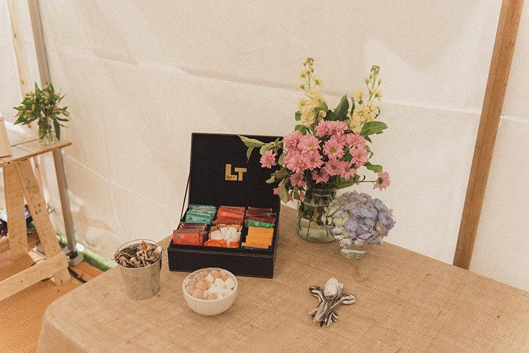 Tea Coffee Stand Drinks Station DIY Rustic Woodland Marquee Wedding http://www.rebeccadouglas.co.uk/