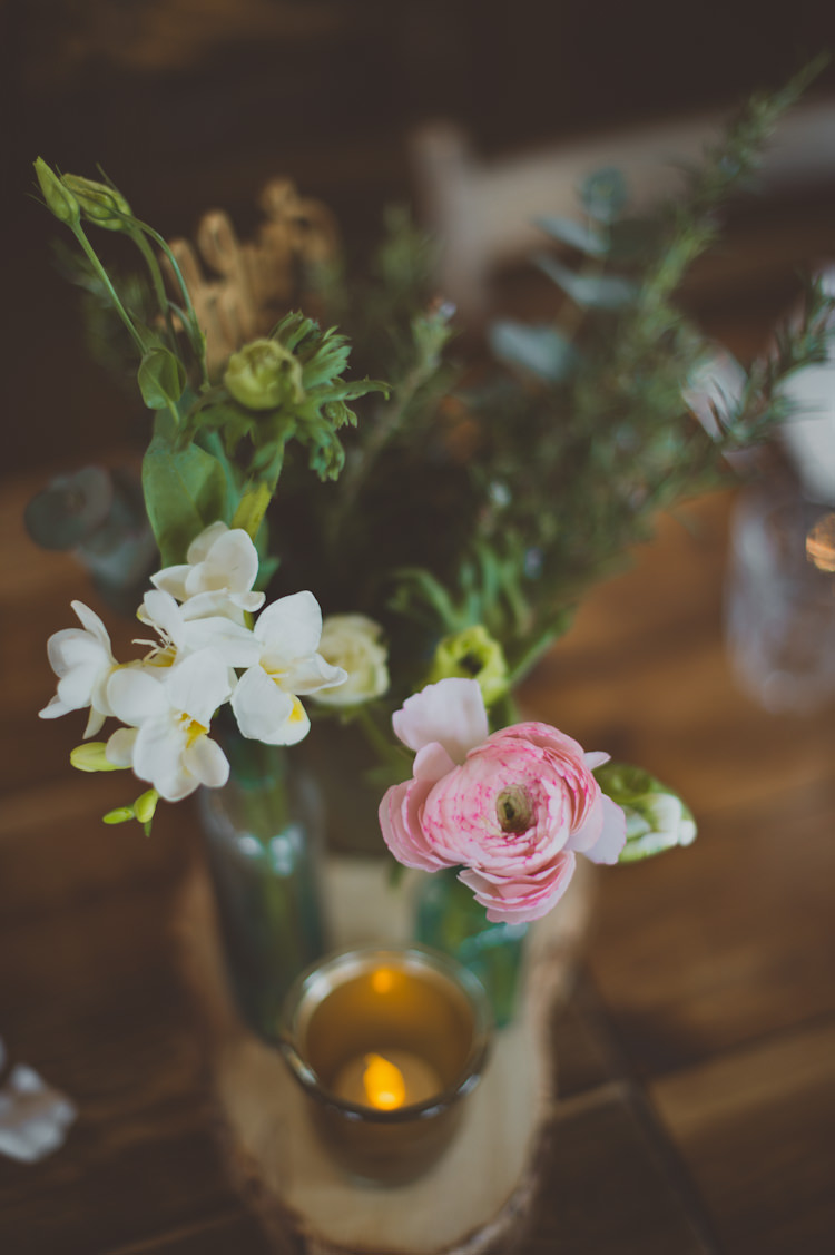 Flowers Centrepiece Log Decor Candle Urban Industrial Chic Warehouse Wedding http://sashaweddings.co.uk/