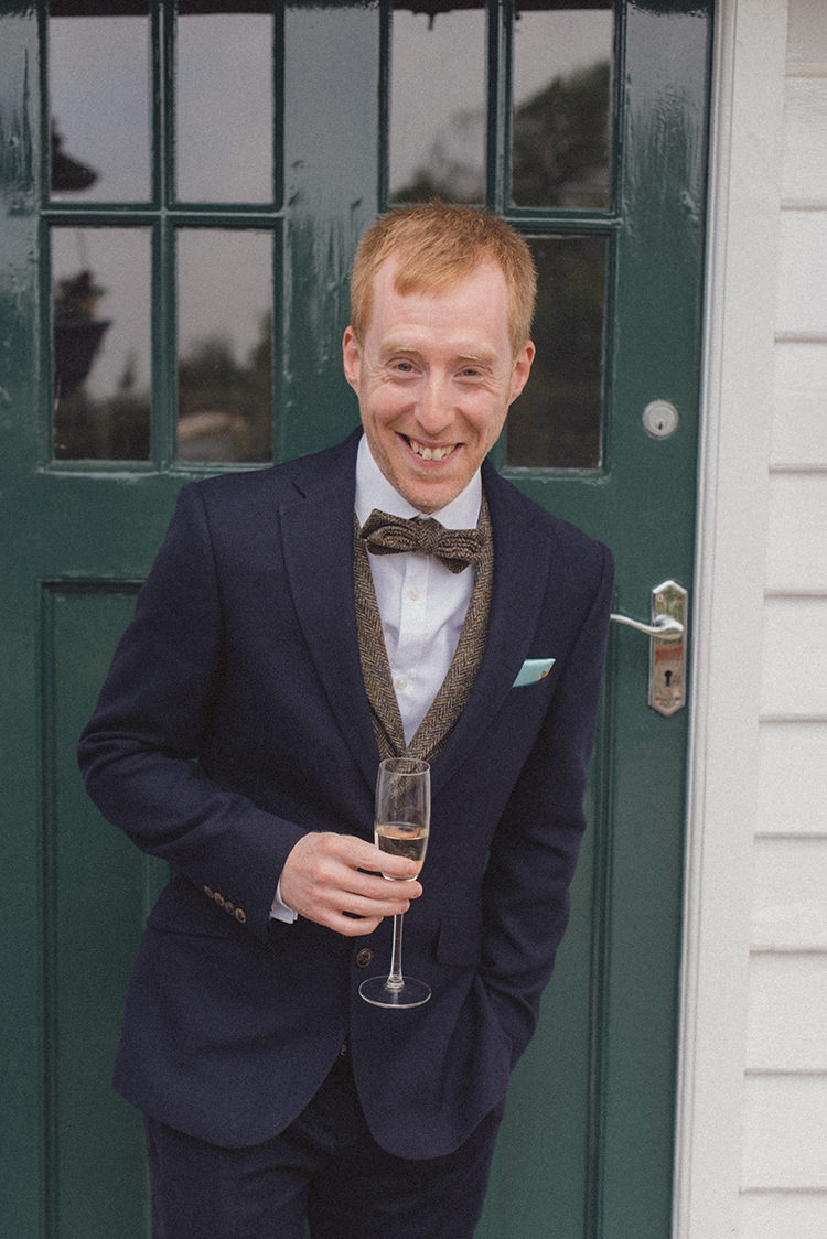 Tweed Bow Tie Navy Suit Groom Style Attire Relaxed Home Made Love Barn Wedding http://www.rebeccadouglas.co.uk/