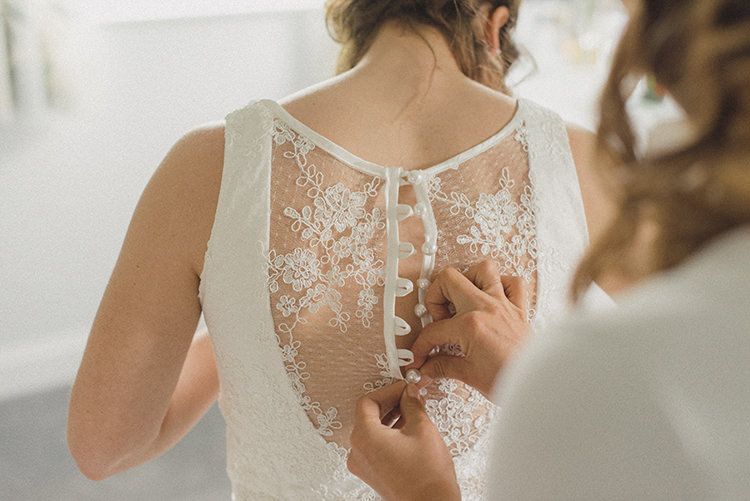 Lace Button Back Dress Bride Bridal Gown Relaxed Home Made Love Barn Wedding http://www.rebeccadouglas.co.uk/