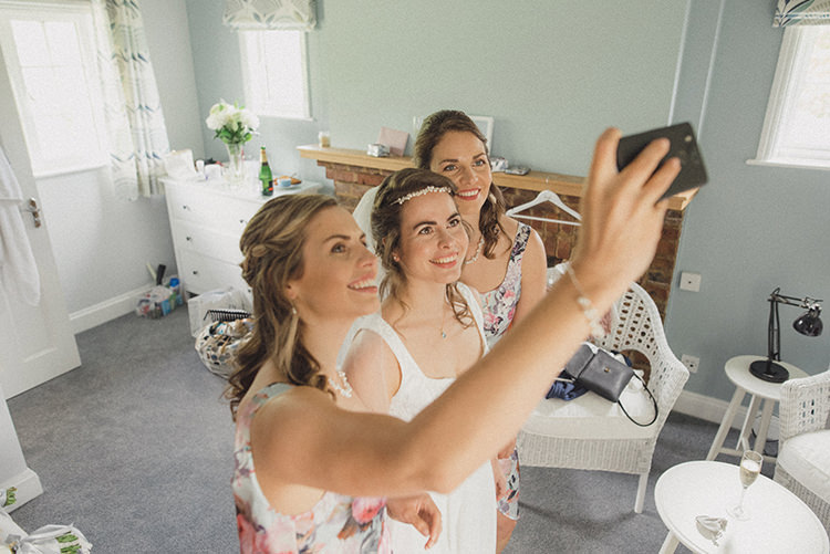 Bride Bridesmaids Selfie Relaxed Home Made Love Barn Wedding http://www.rebeccadouglas.co.uk/