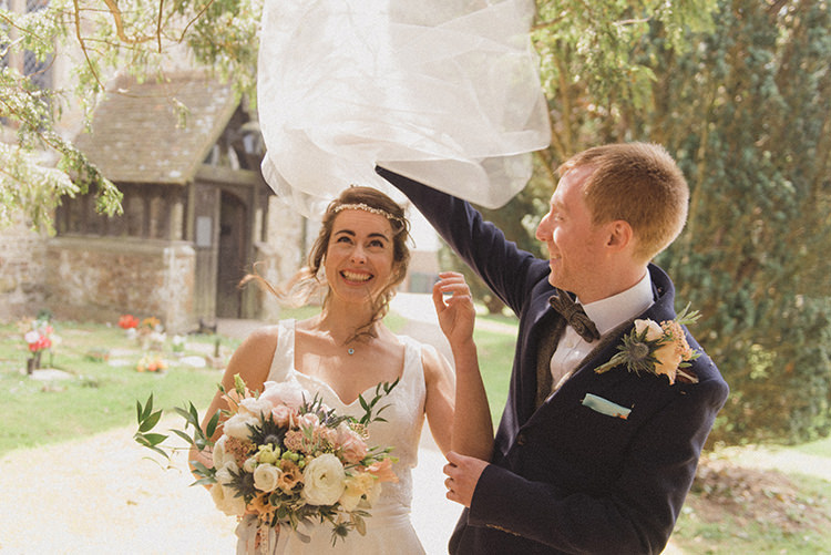 Vei Bride Bridal Relaxed Home Made Love Barn Wedding http://www.rebeccadouglas.co.uk/