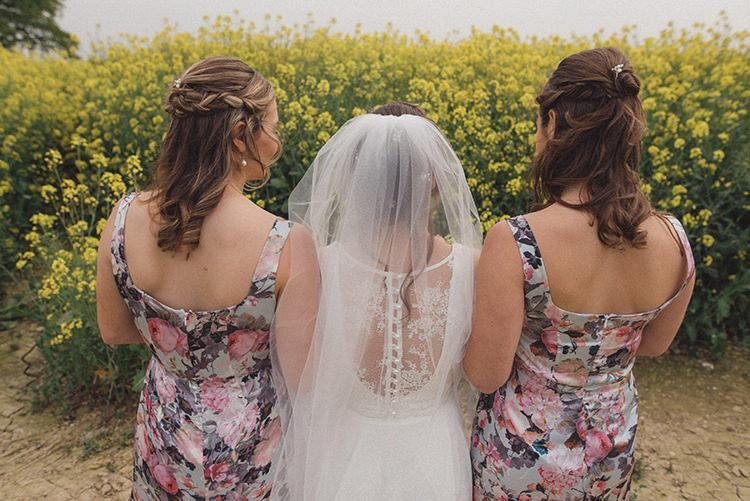 Relaxed Home Made Love Barn Wedding http://www.rebeccadouglas.co.uk/