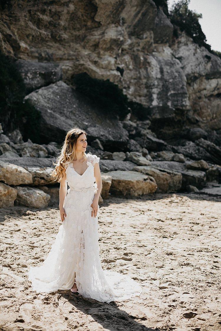 Bride Beach Rocks Whimsical Greenery Wedding Ideas Sea http://eglejo.lt/