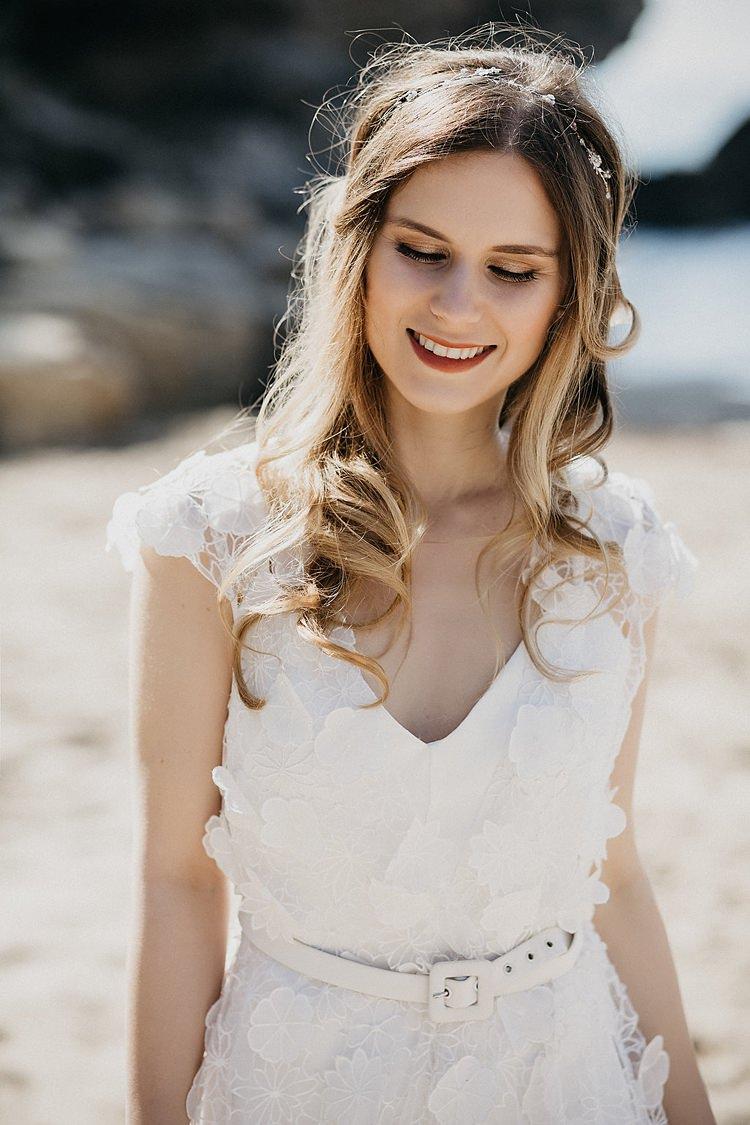 Bride Beach Belt Whimsical Greenery Wedding Ideas Sea http://eglejo.lt/
