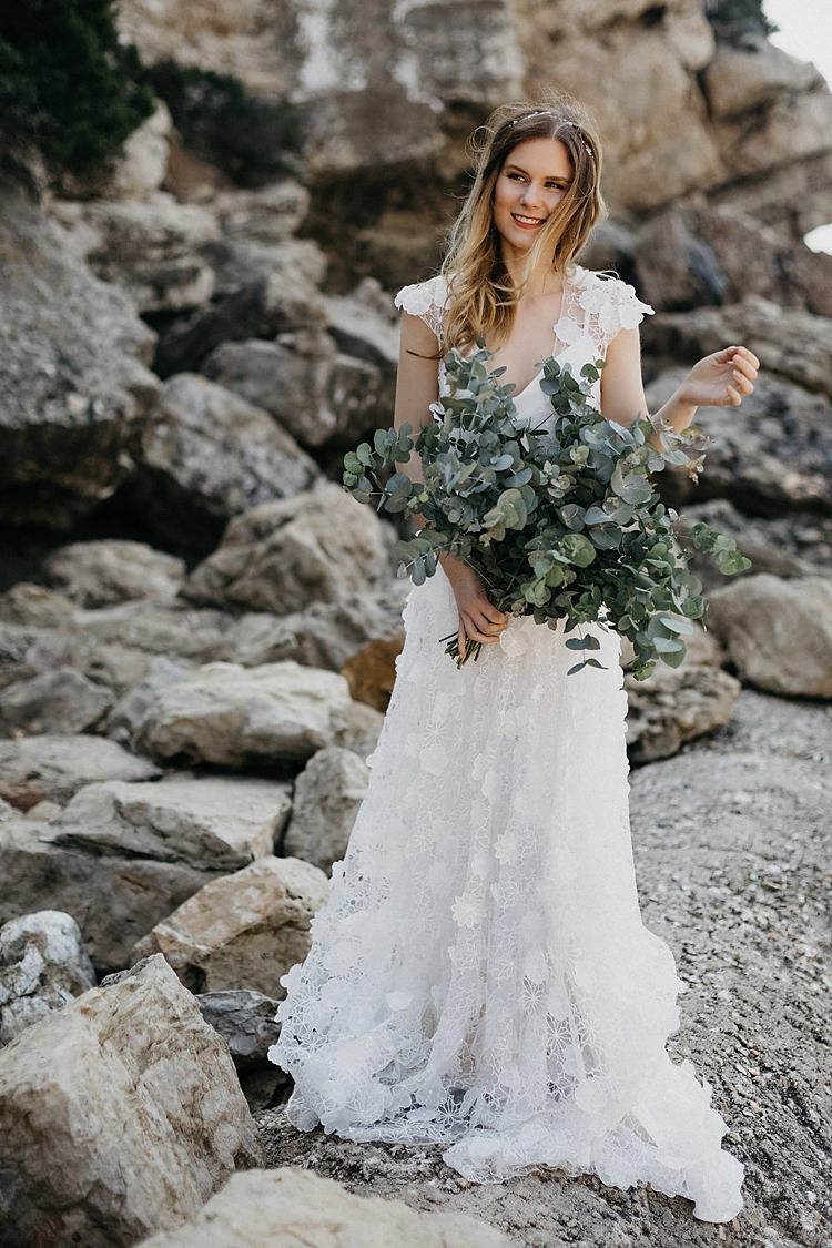 Bride Rocky Beach Whimsical Greenery Wedding Ideas Sea http://eglejo.lt/