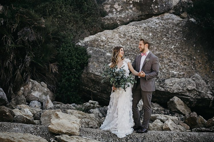 Bride Groom Rocks Beach Whimsical Greenery Wedding Ideas Sea http://eglejo.lt/