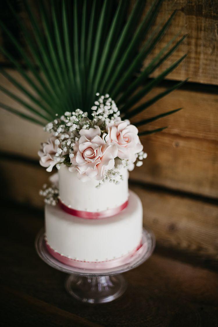 Cake Pink Palm Whimsical Greenery Wedding Ideas Sea http://eglejo.lt/
