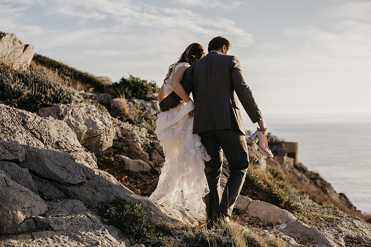 Bride Groom Walk Rocks Whimsical Greenery Wedding Ideas Sea http://eglejo.lt/