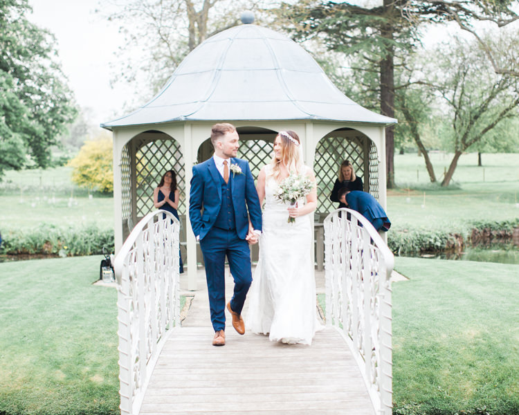 Beautifully Authentic Rustic Country House Wedding https://www.nikkismoments.com/