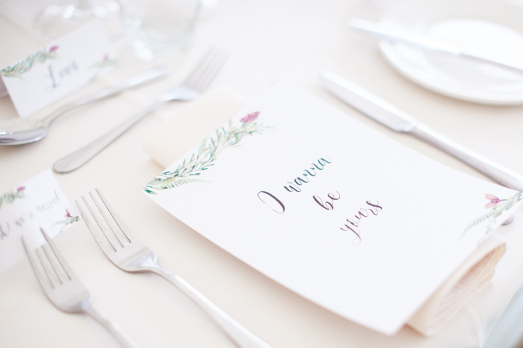 Floral Stationery Place Setting Beautifully Authentic Rustic Country House Wedding https://www.nikkismoments.com/