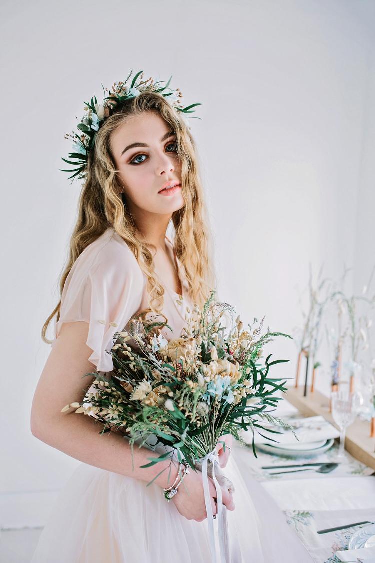 Make Up Beauty Bride Bridal Style Bohemian Natural Wedding Ideas http://www.sarahjanesphotography.com/