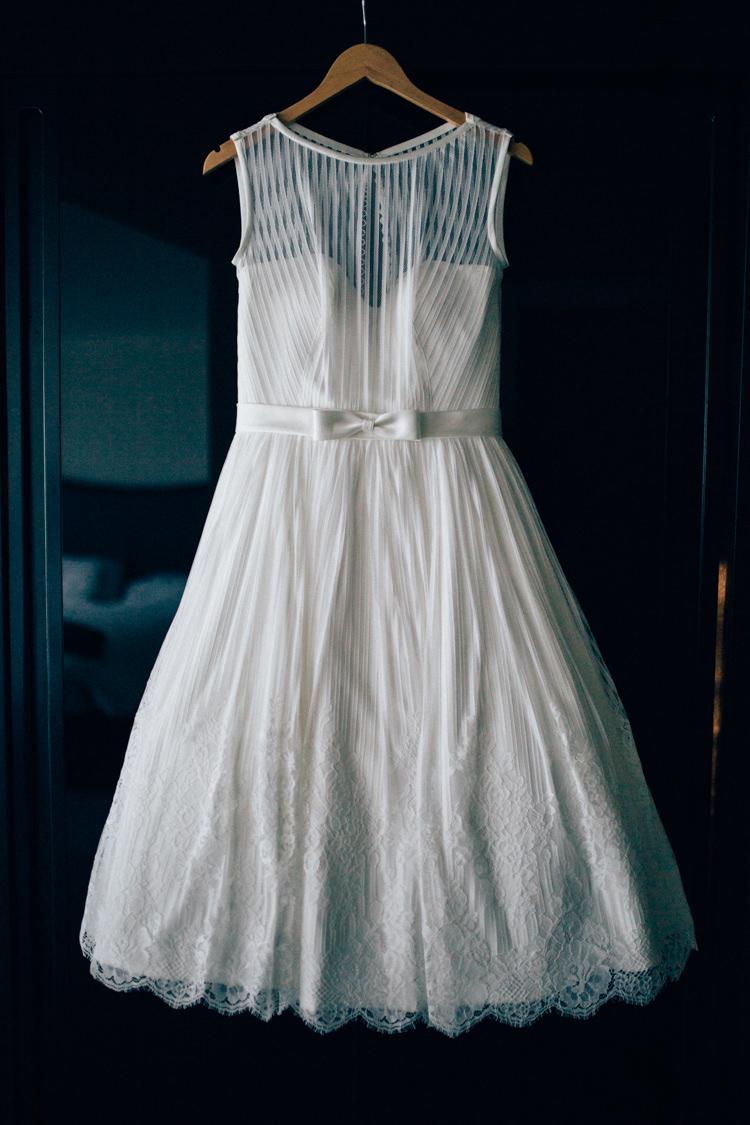 Short Dress Bride Bridal Gown Bow Stripe Travel Aircraft Museum Wedding Concorde http://www.nikkivandermolen.com/