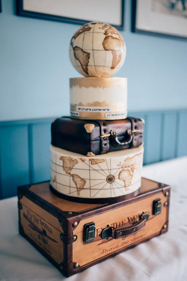 Cake Suitcase Globes Map Travel Aircraft Museum Wedding Concorde http://www.nikkivandermolen.com/