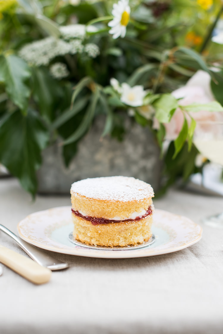 Victoria Sponge Cake Dessert Vintage China Bone Cutlery Pretty Urban Nature Wedding Ideas http://www.fionasweddingphotography.co.uk/