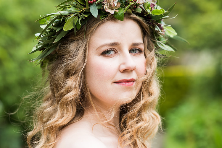 Pretty Urban Nature Wedding Ideas http://www.fionasweddingphotography.co.uk/