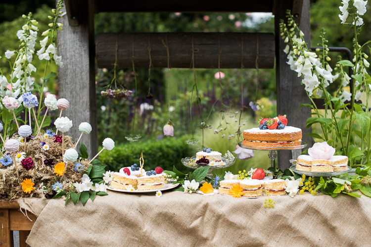 Well Cake Table Pop Stand Victoria Sponge Vintage Wooden Metal Steel Milk Churn Foxglove Pretty Urban Nature Wedding Ideas http://www.fionasweddingphotography.co.uk/