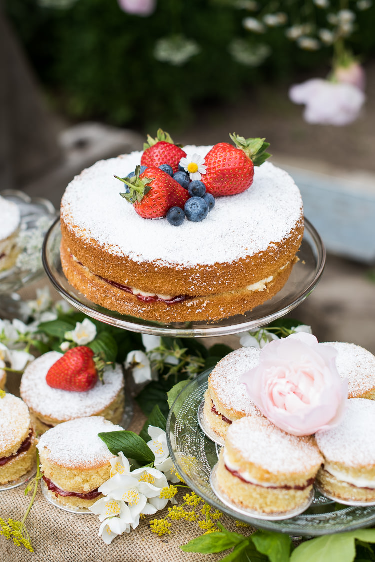 Cake Table Stand Victoria Sponge Fruit Rose Dessert Display Pretty Urban Nature Wedding Ideas http://www.fionasweddingphotography.co.uk/