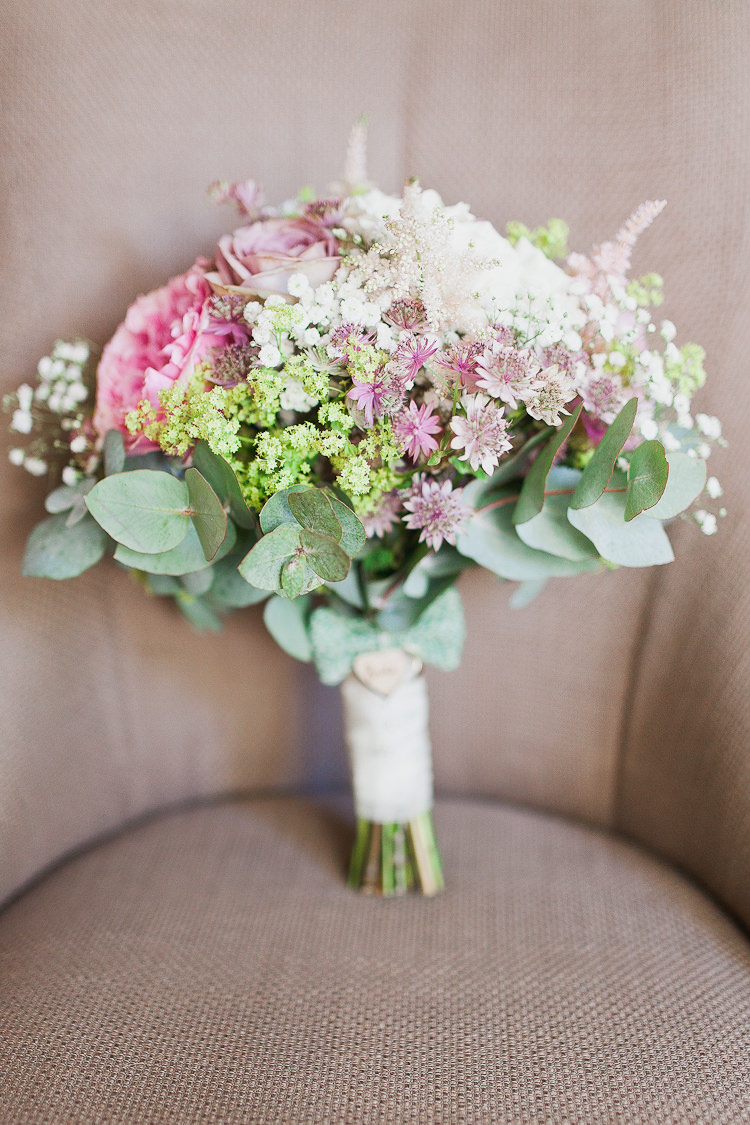 Blush Pink Wedding Flowers Bouquets http://www.whitestagweddings.com/
