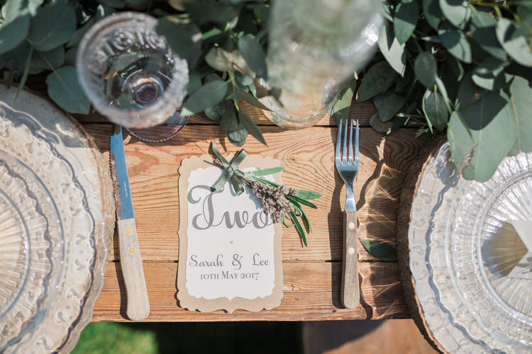 Log Place Setting Glass Plate Rustic Wooden Stationery Table Bohemian Garden Greenery Wedding Ideas http://www.storytellerphotography.co.uk/