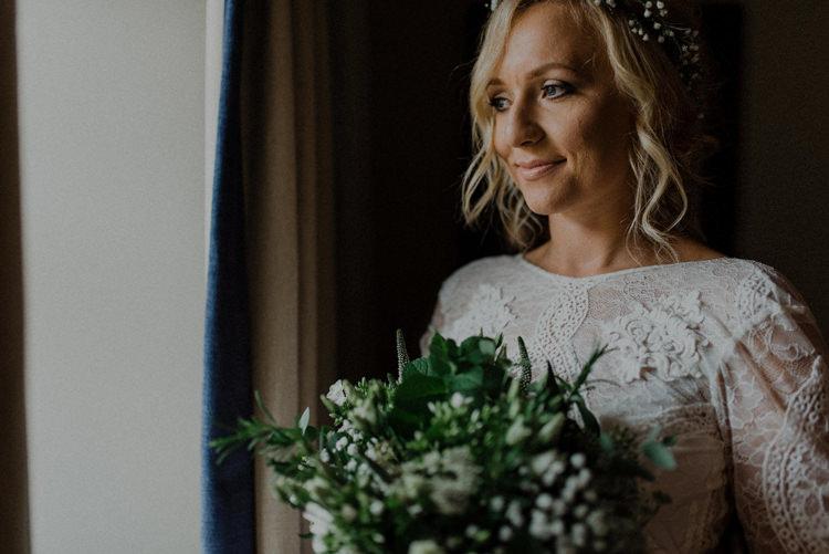 Make Up Bride Bridal Dreamy Natural Boho Barn Wedding https://heychrisrandle.com/