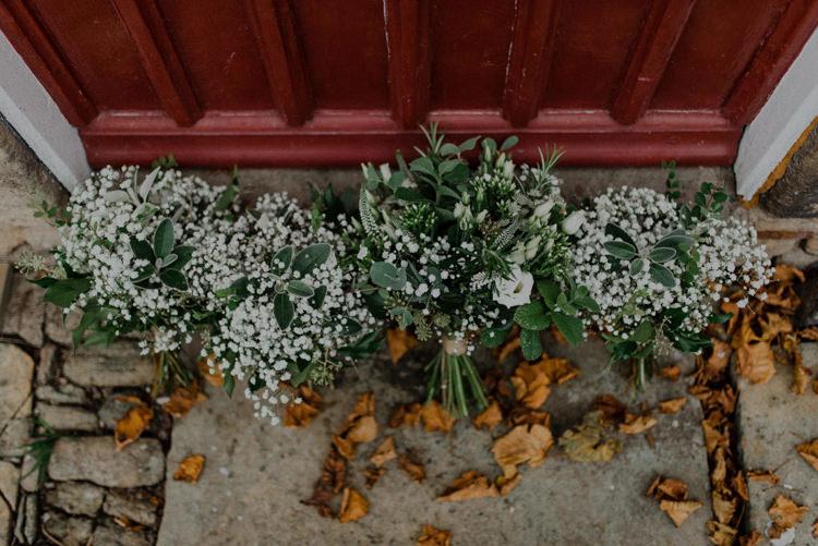 Greenery Gyp Gypsophila Baby Breath Flowers Bouquets Bride Bridal Bridesmaid Dreamy Natural Boho Barn Wedding https://heychrisrandle.com/