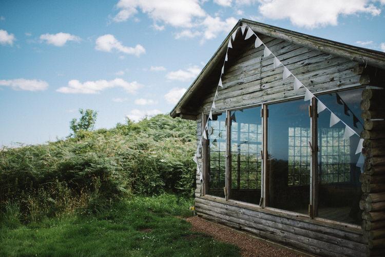 Ravensheugh Log Cabin Vintage Log Cabin Wedding Sea http://www.lisadevinephotography.co.uk/