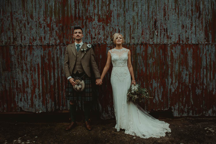 Whimsical Modern Rustic Barn Wedding http://photomagician.co.uk/