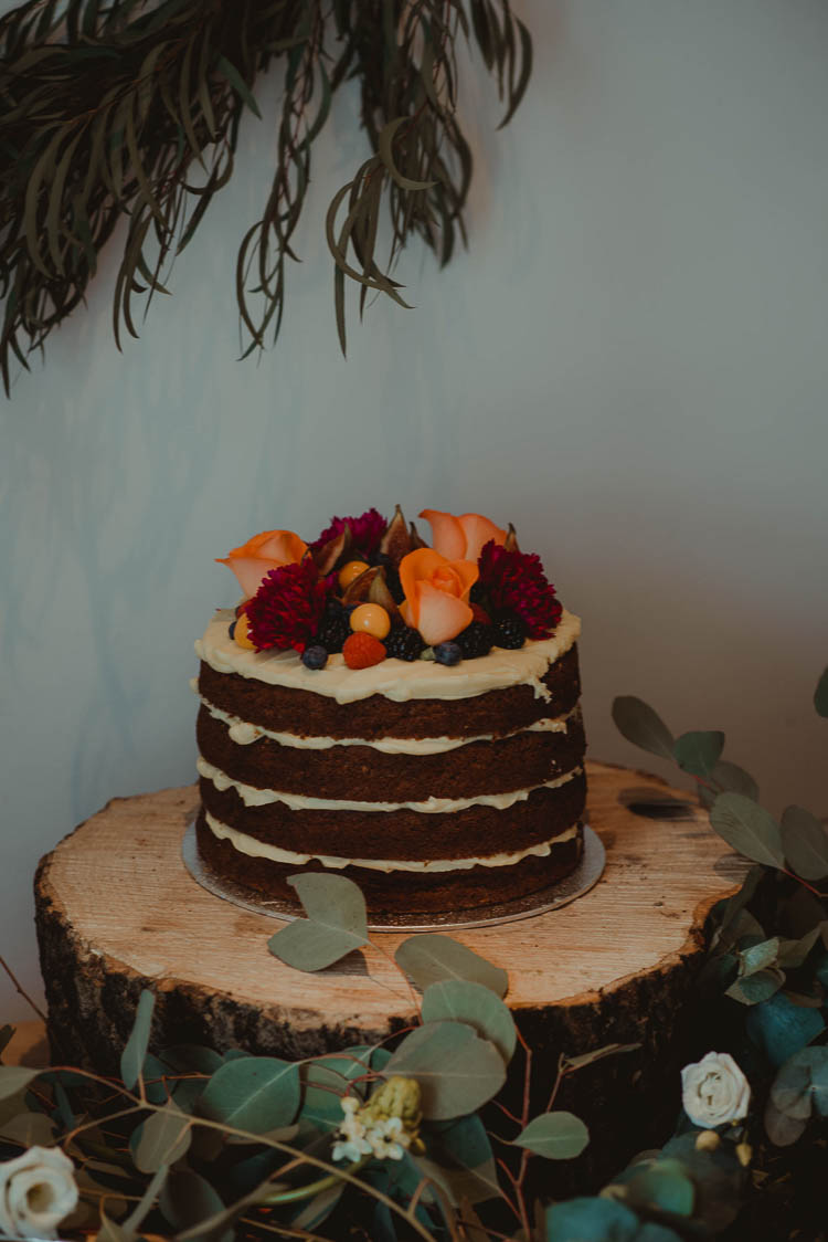 Naked Chocolate Cake Flowers Sponge Layer Log Stand Whimsical Modern Rustic Barn Wedding http://photomagician.co.uk/
