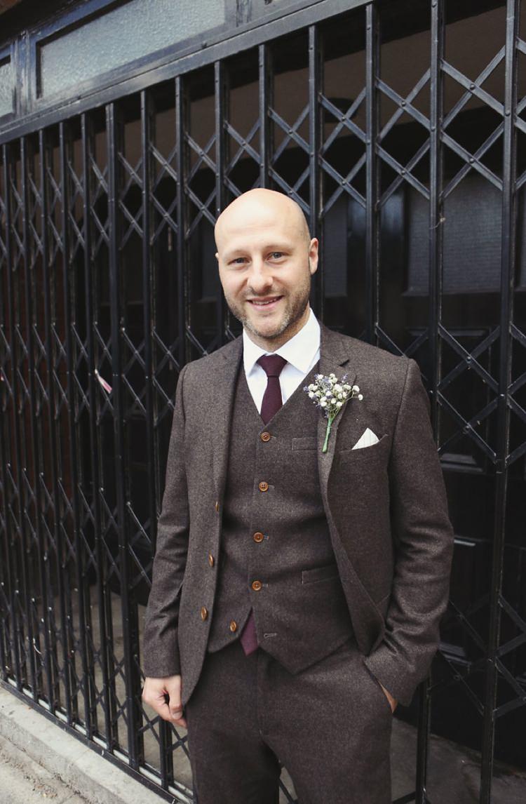 Groom Fashion Suit Tweed http://www.haywoodjonesphotography.co.uk/