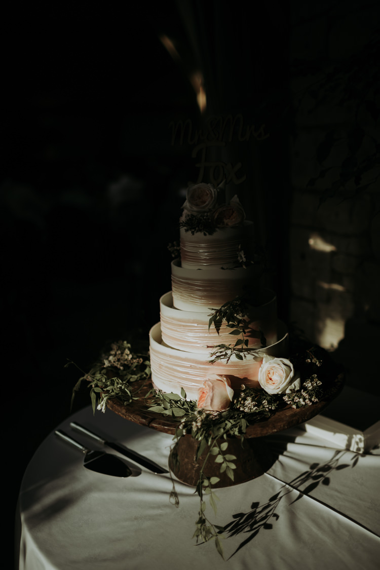Marks Spencer Cake Modern Rose Gold Barn Wedding https://www.paulfullerkentphotography.com/