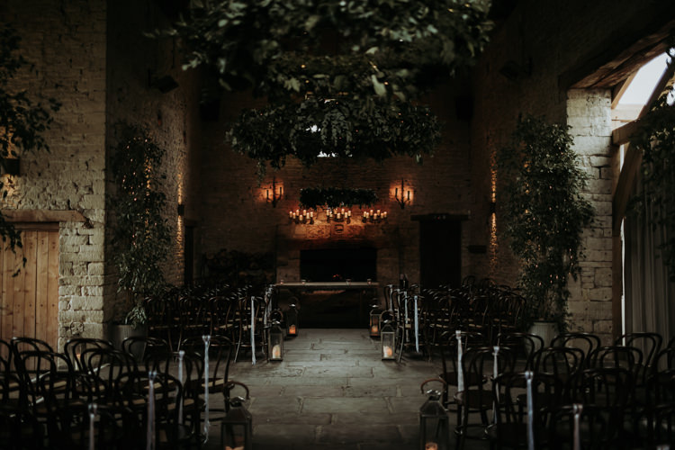 Cripps Cotswolds Greenery Candles Modern Rose Gold Barn Wedding https://www.paulfullerkentphotography.com/