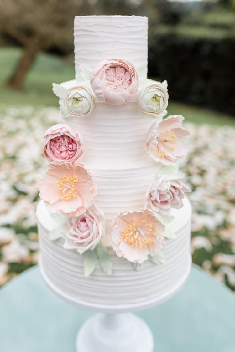 Buttercream Cake Floral Peony Pink http://www.ellielouphotography.co.uk/