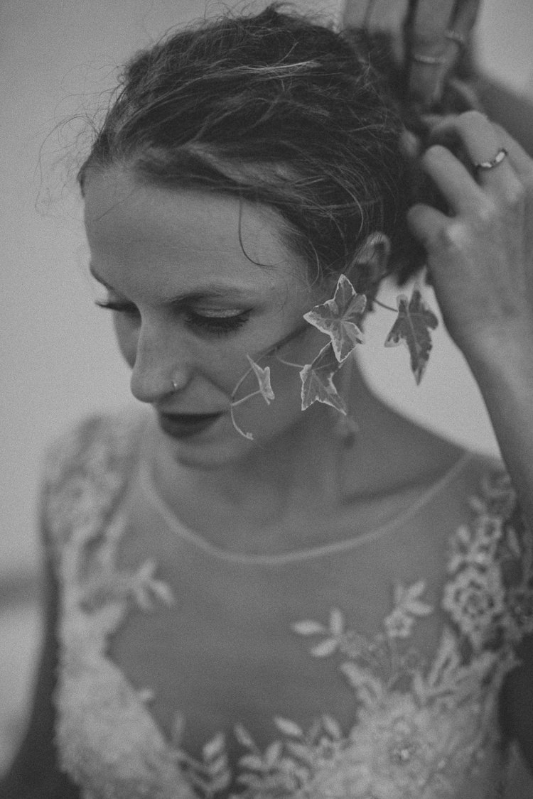 Ivy Hair Bride Bridal Style Indie Forest Origami Cranes Wedding http://www.alittlepicture.com/
