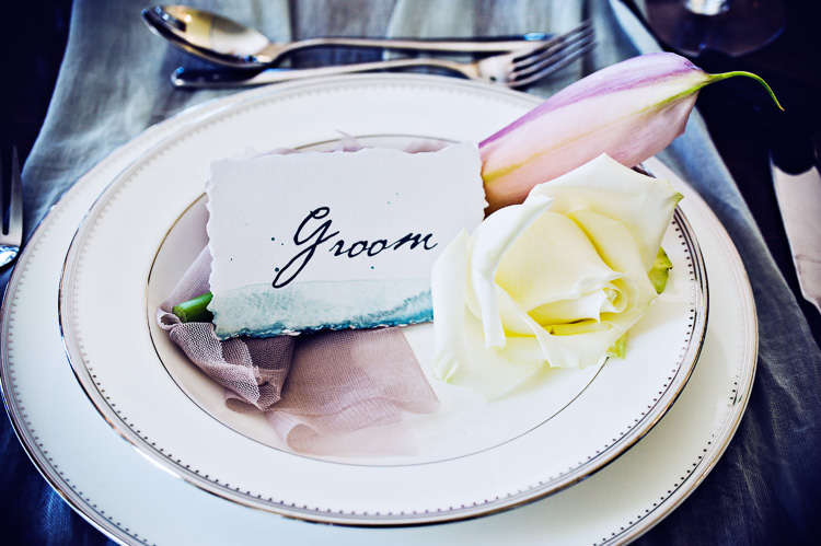 Flower Place Setting Plate Thoroughly Modern Cecilia Atonement Glamorous 1940s Wedding Ideas http://ikonworks.co.uk/