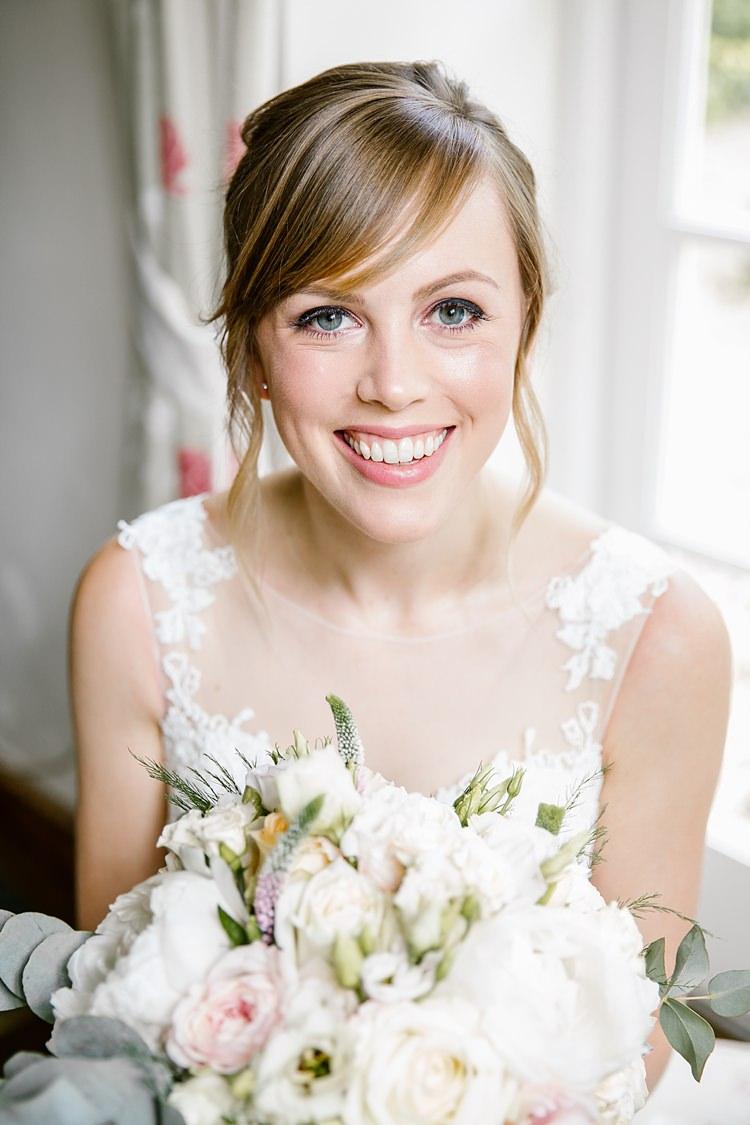 Make Up Bride Bridal Beauty Skin Glowing Graceful Country Cottage Garden Wedding https://katherineashdown.co.uk/