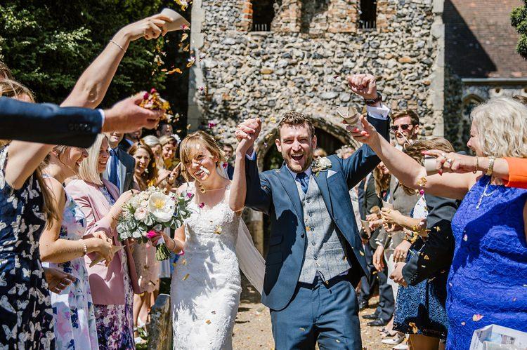 Confetti Throw Graceful Country Cottage Garden Wedding https://katherineashdown.co.uk/