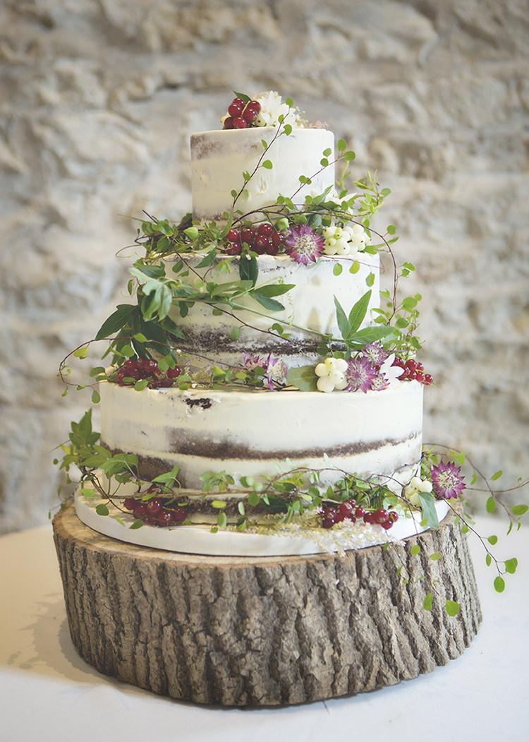 Buttercream Cake Foliage Berries Classic http://katrinamatthewsphotography.co.uk/