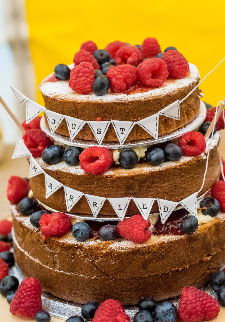 Naked Cake Sponge Layer Fruit Berries Bunting Quirky Natural Outdoor Festival Wedding http://lighteningphotography.co.uk/