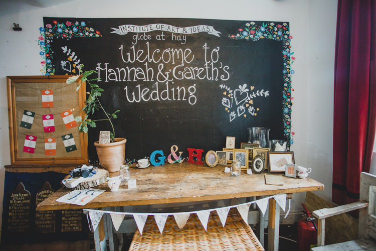 Chalk Black Board Sign Welcome Floral Quaint Floral Antique Rustic Wedding http://www.larissajoice.co.uk/