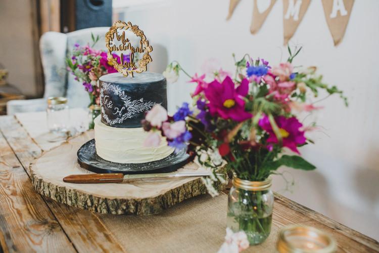 Quaint Floral Antique Rustic Wedding http://www.larissajoice.co.uk/