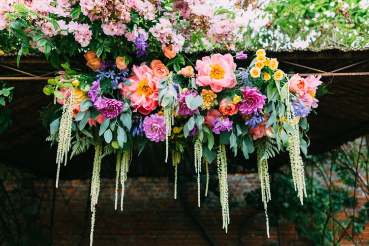Clouds in Bloom: Suspended Floral Inspiration