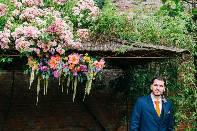 Colourful Mexican Garden Wedding http://jennifersmithphotography.co.uk/