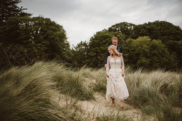 Homely Ethereal Intimate Country House Wedding https://www.photosligo.com/